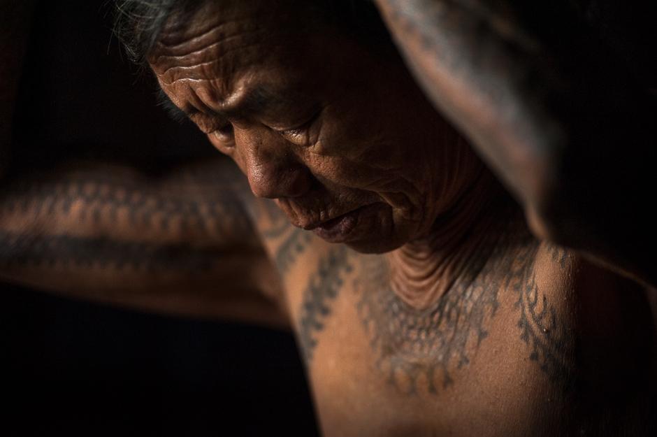 Kalinga tattooed woman